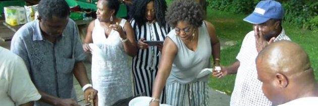 Afikpo People Enjoy Roasted Yam, Palm Oil & Palm Wine at 2016 Iriji Picnic in USA (Video)